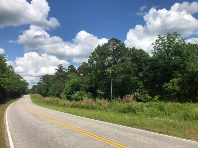 Large Acreage in Growing Richburg, SC Image