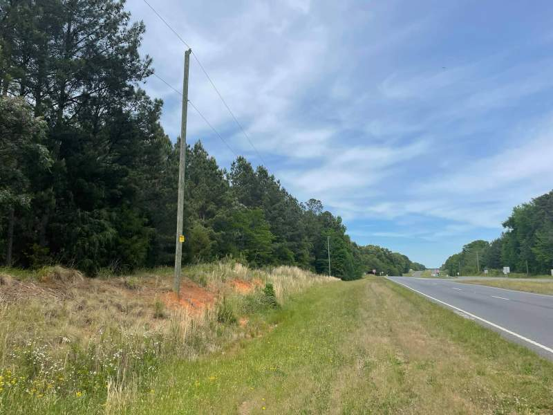 180 acres in Growing Chester, SC Image